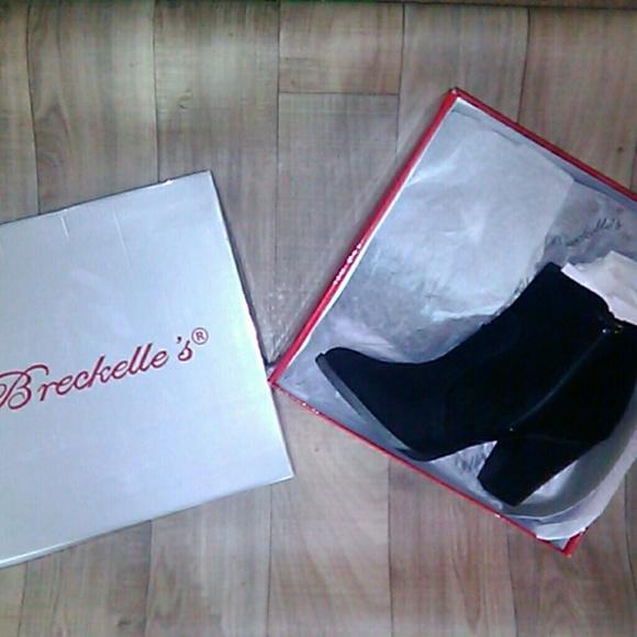 712c1871fb1d4 Breckelles Shoes | Womens Heather 34 W Booties | Poshmark